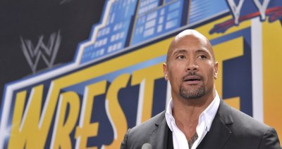 The Rock will face John Cena in WrestleMania 29 (skysports.com)